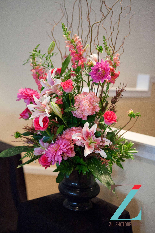October white house wedding flowers