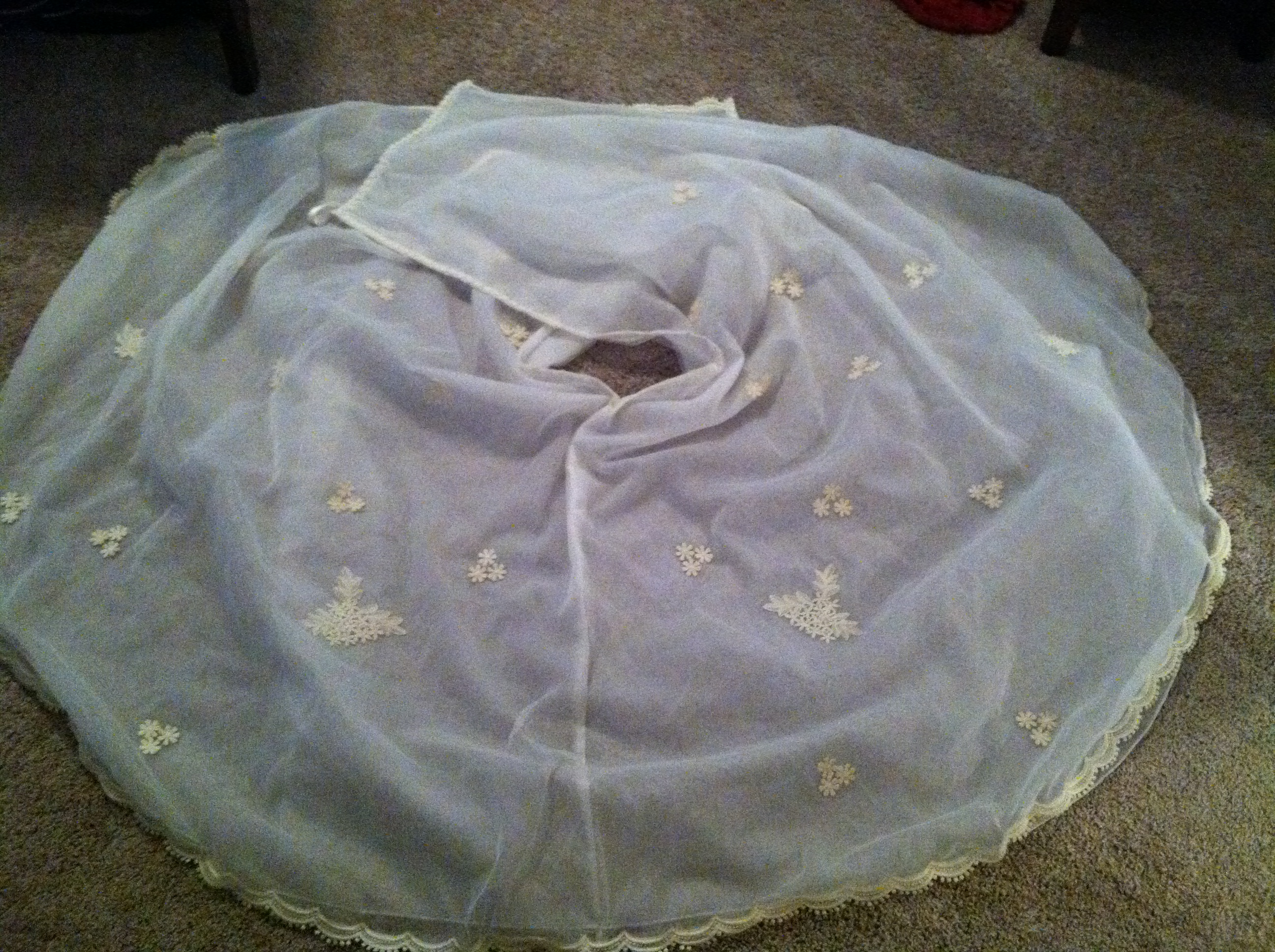 Re purposing an entire wedding dress and not wasting any of it