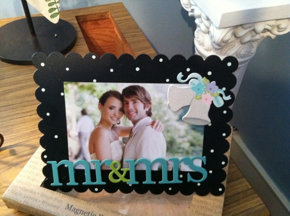 Magnetic frame gift set - $21.95